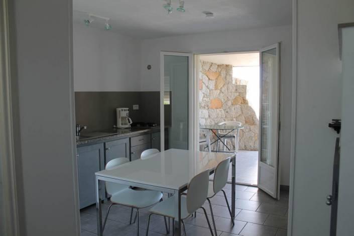 location vue mer Porto-Vecchio salle à manger