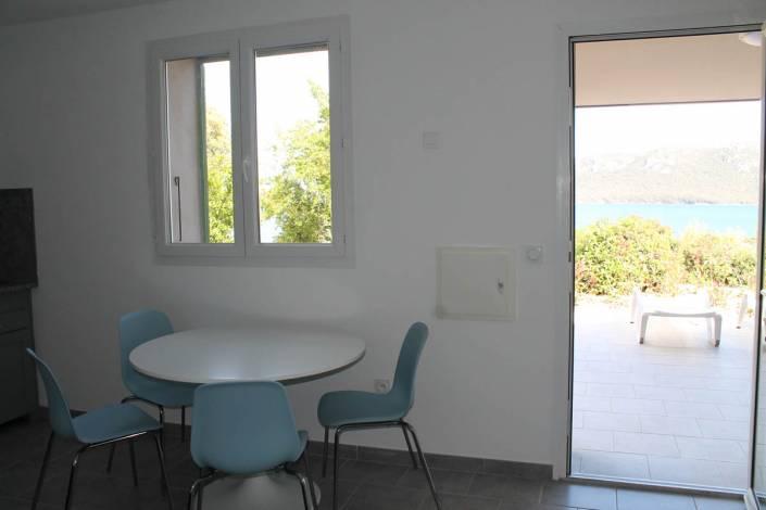 Location Porto-Vecchio vue mer séjour